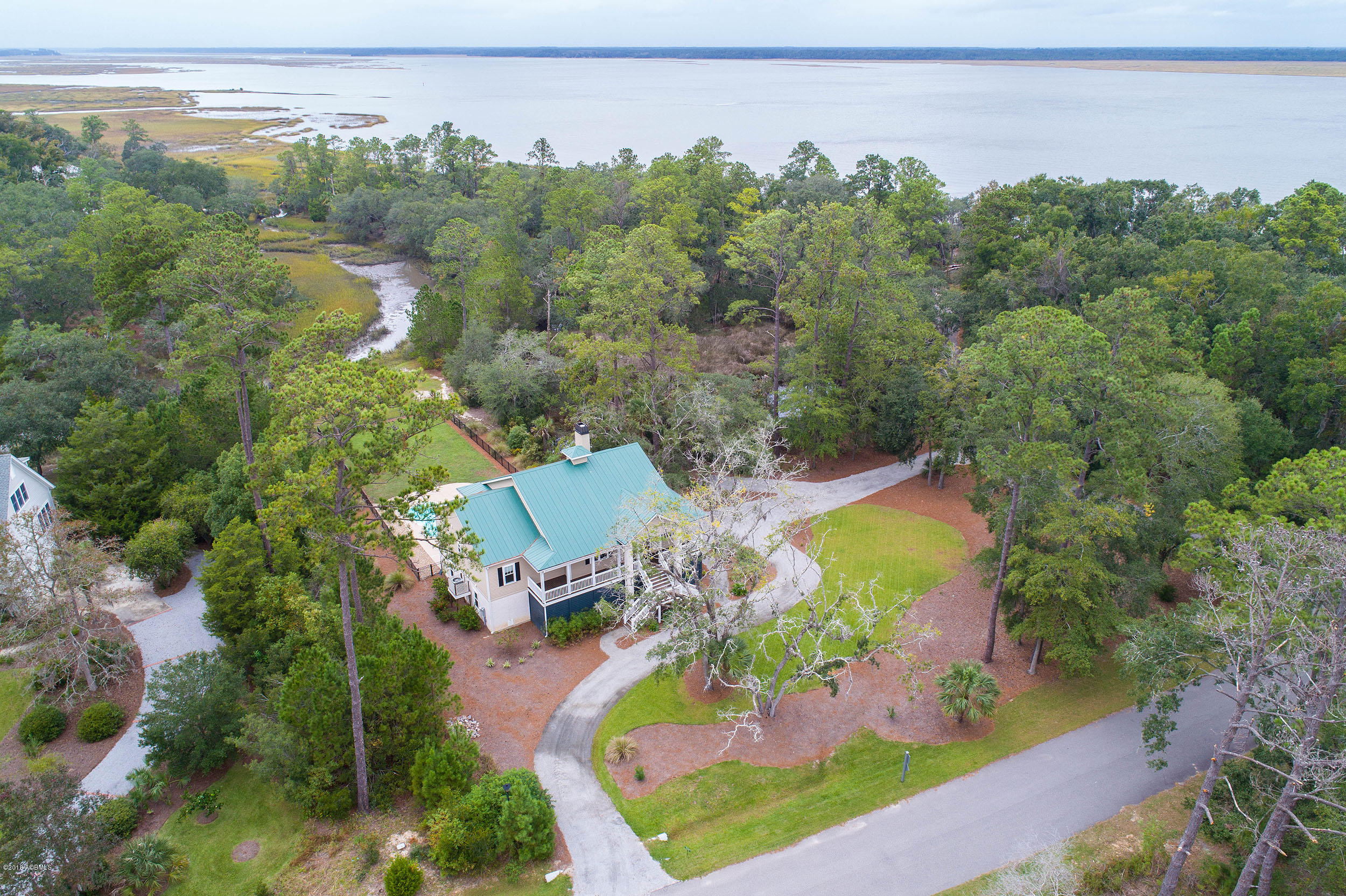 Photo of 231 Old Plantation Drive, Beaufort, SC 29907