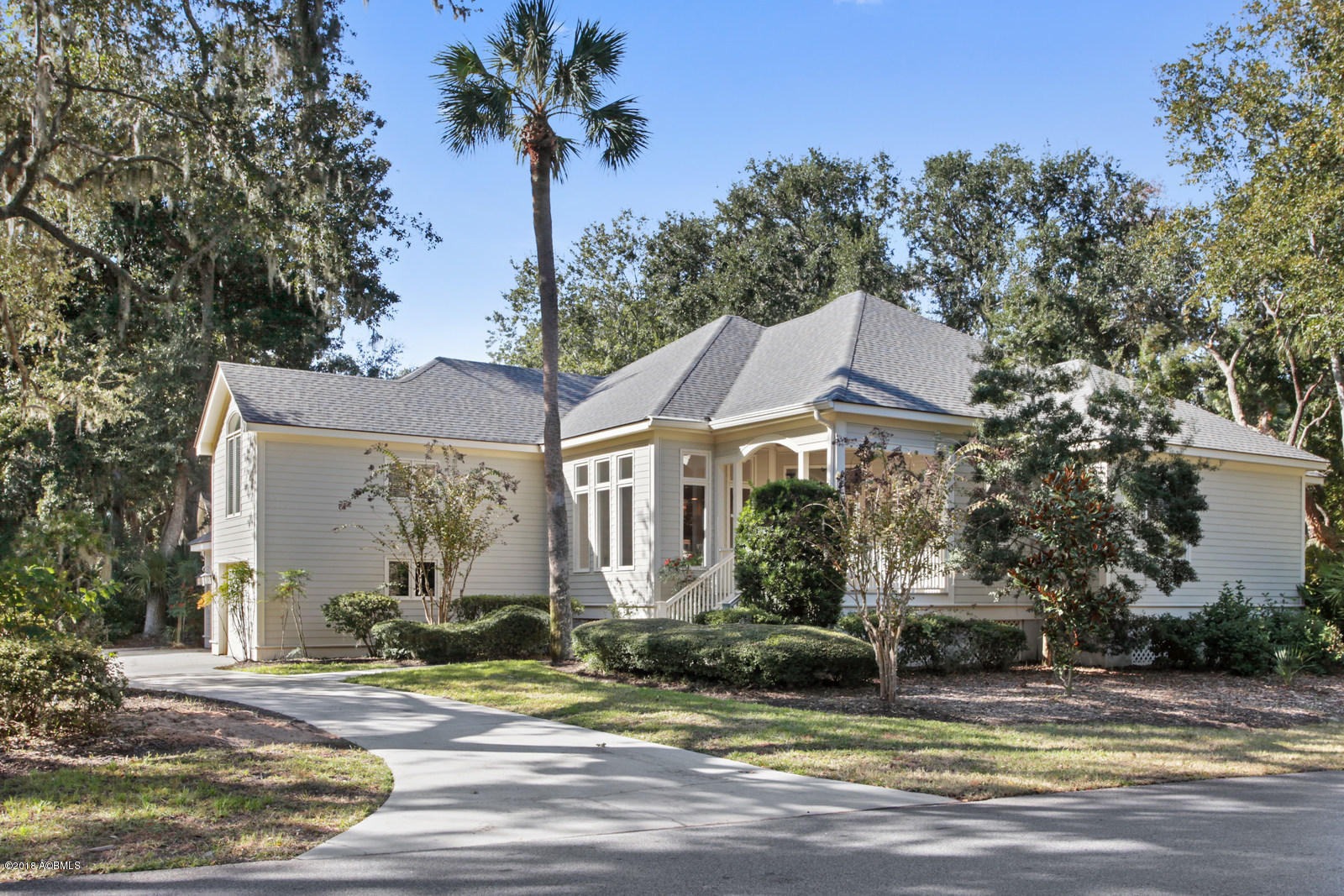 Photo of 2 Cottage Court, Hilton Head Island, SC 29928
