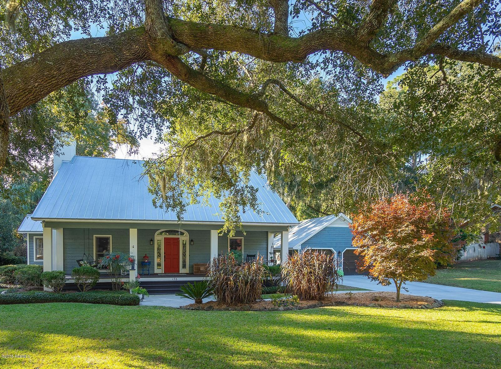 Photo of 176 Spanish Point Drive, Beaufort, SC 29902