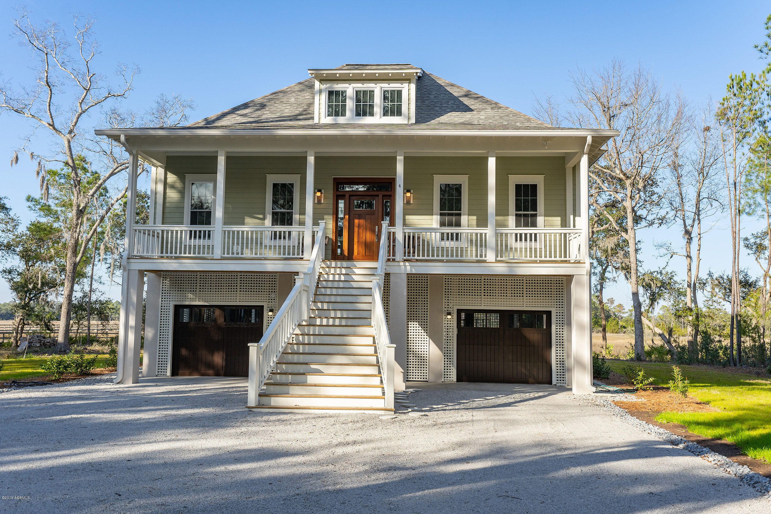 Photo of 4 Front Street, St. Helena Island, SC 29920