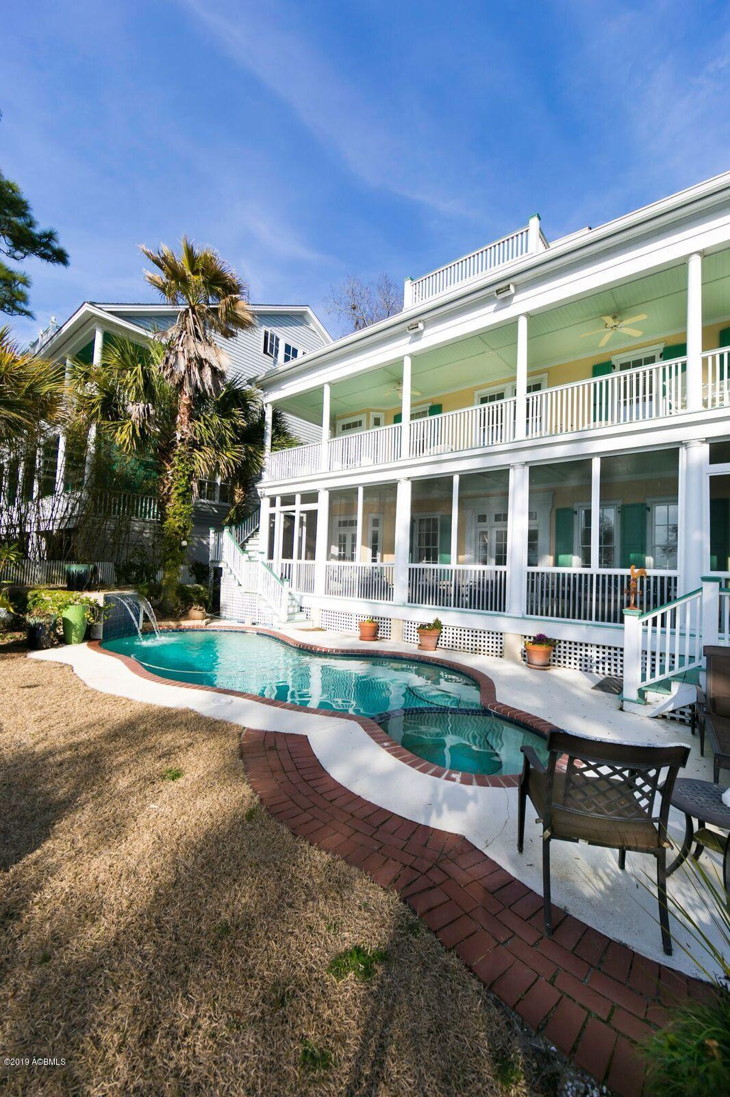 Photo of 19 Waterside Drive, Beaufort, SC 29907