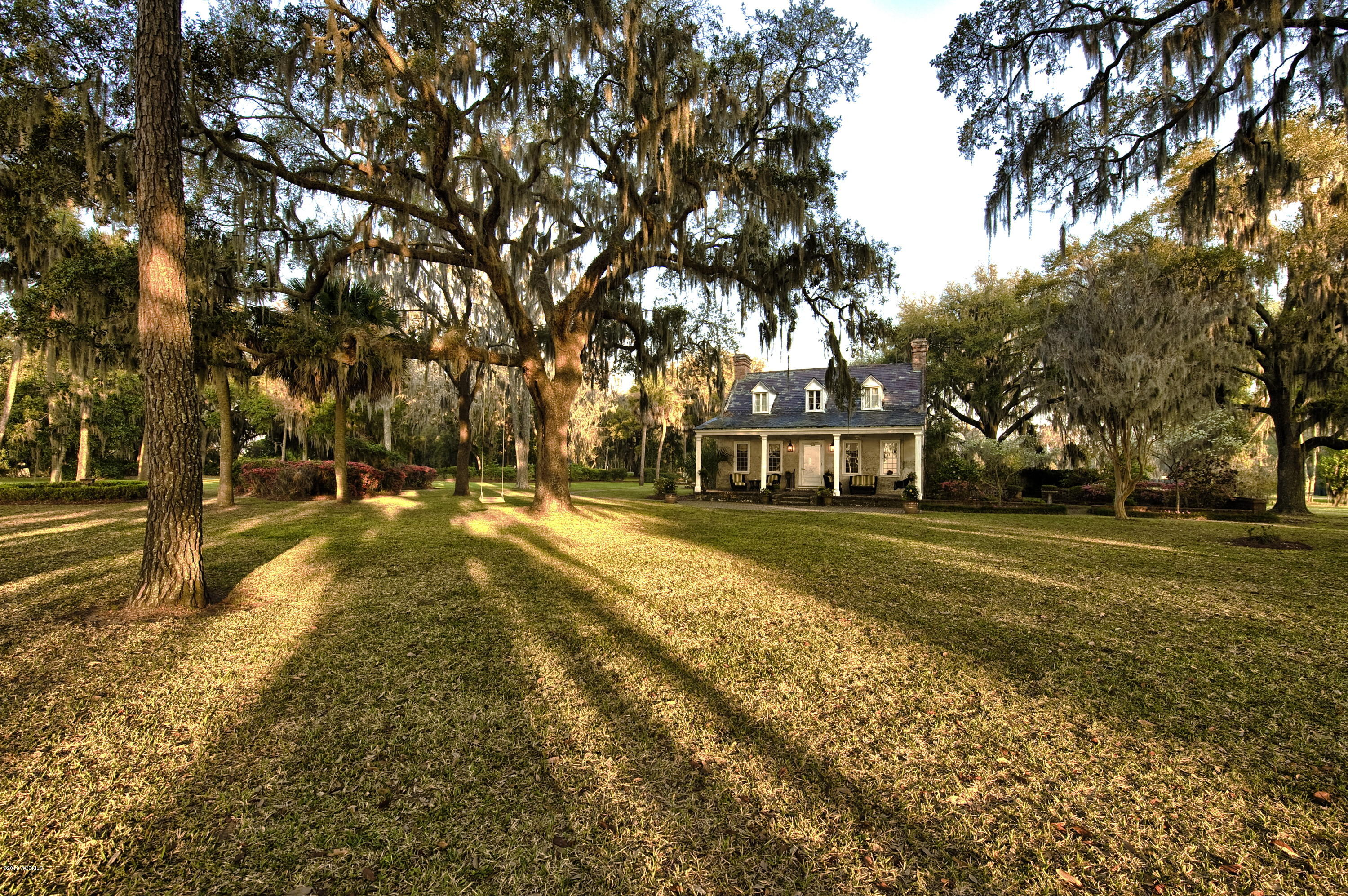 Photo of 148 Gautier Place, Beaufort, SC 29902