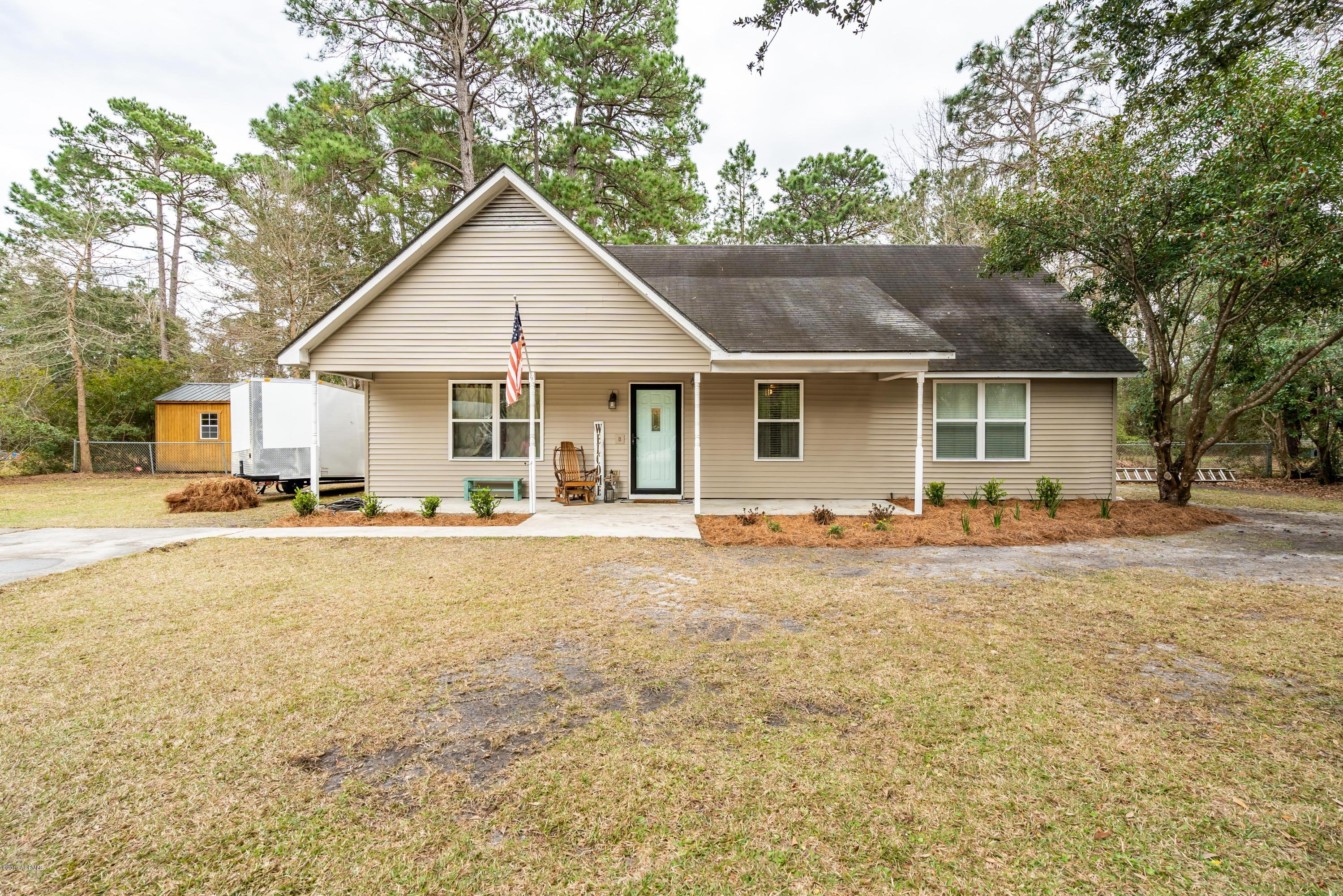 Photo of 16 Hewlett Road, Beaufort, SC 29907