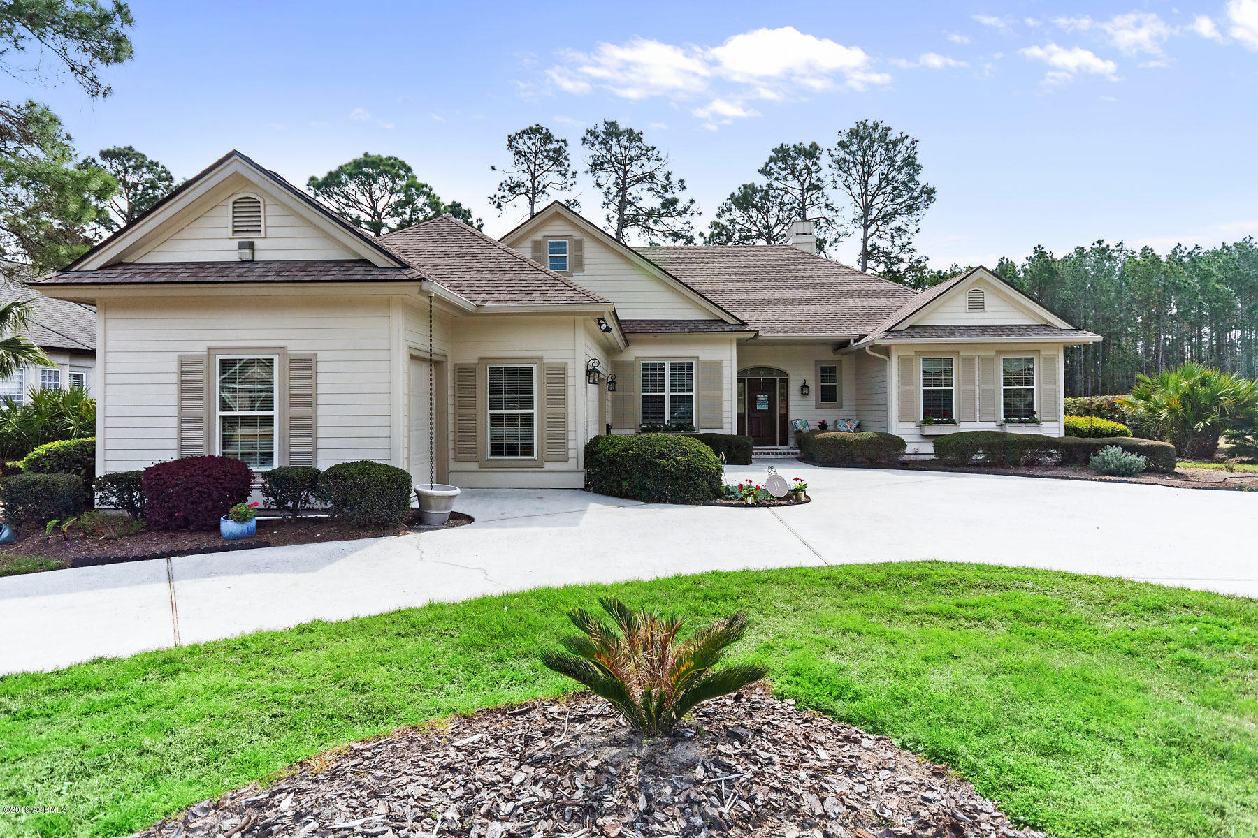 Photo of 11 Clyde Lane, Hilton Head Island, SC 29926