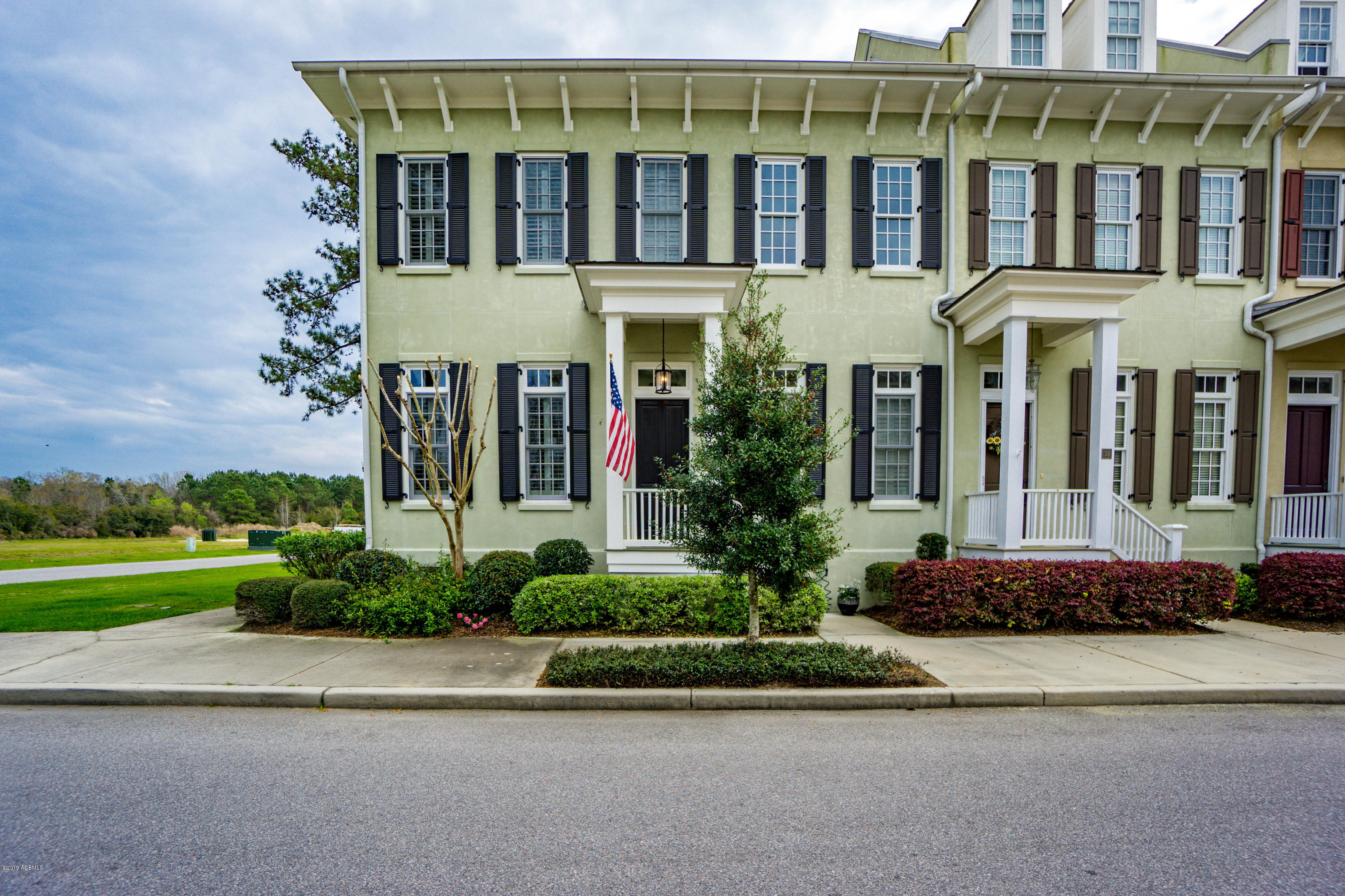 Photo of 1 Assembly Row, Beaufort, SC 29906