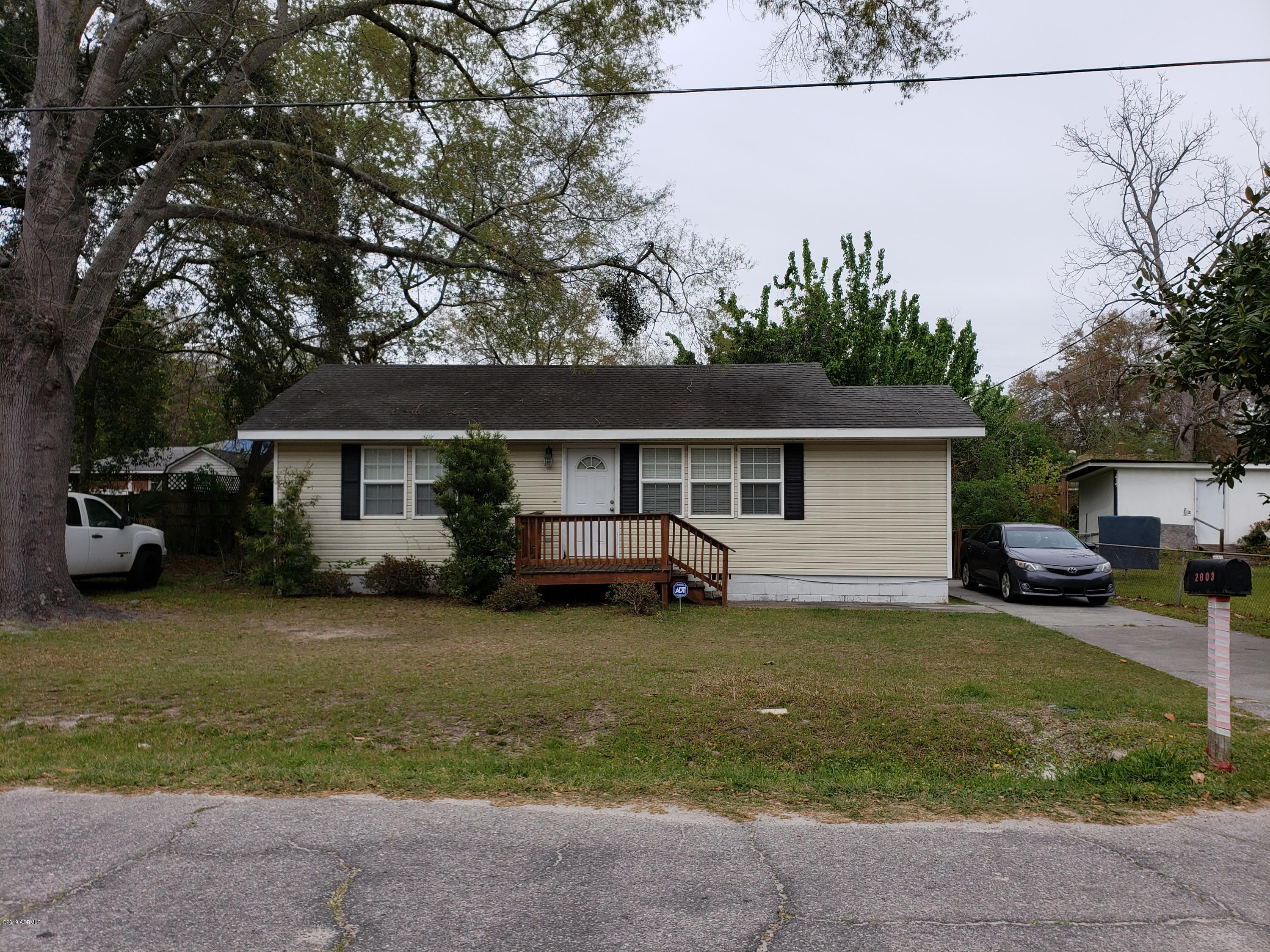 Photo of 2803 Second St, Beaufort, SC 29902