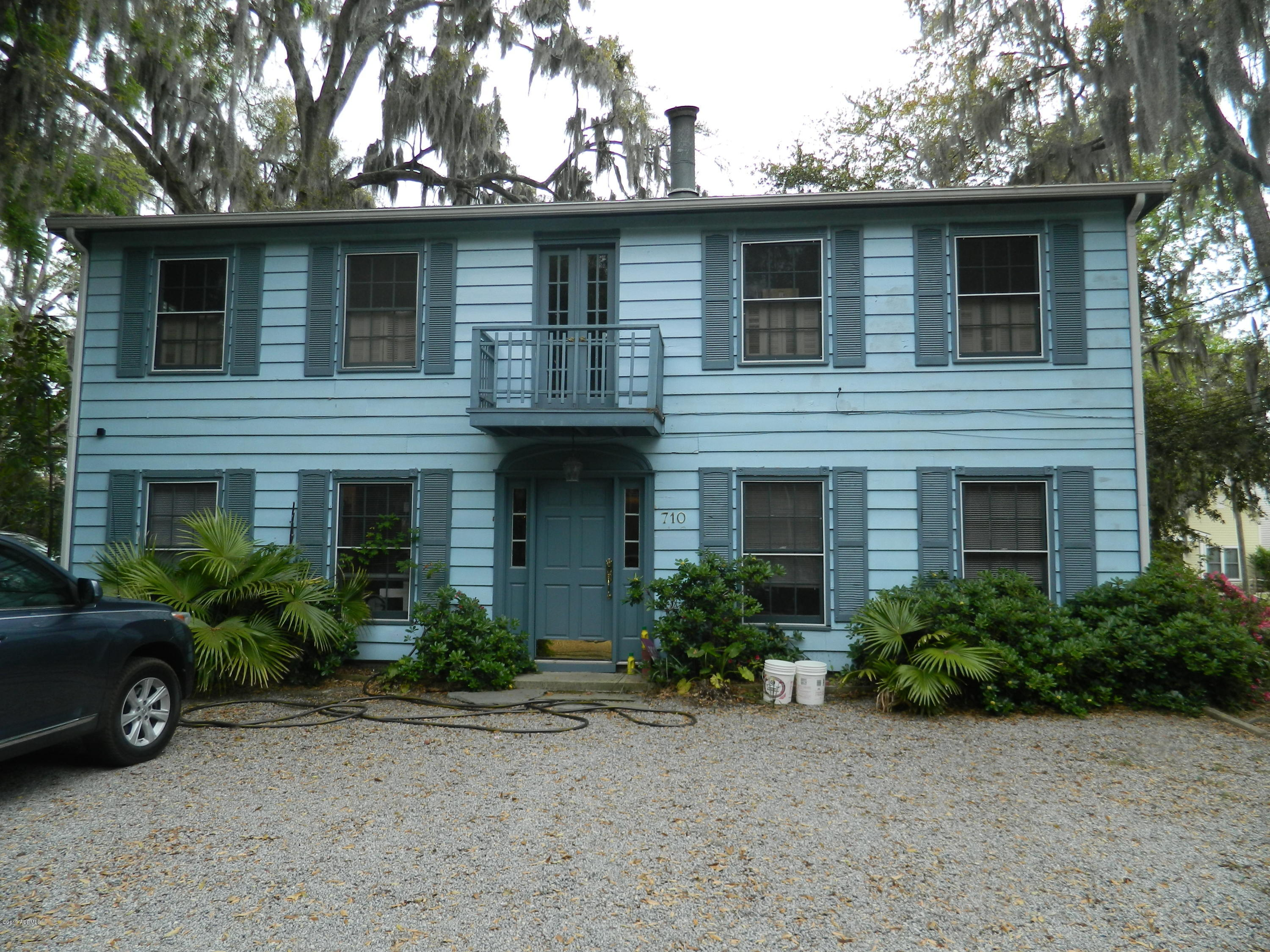 Photo of 710 Prince Street, Beaufort, SC 29902