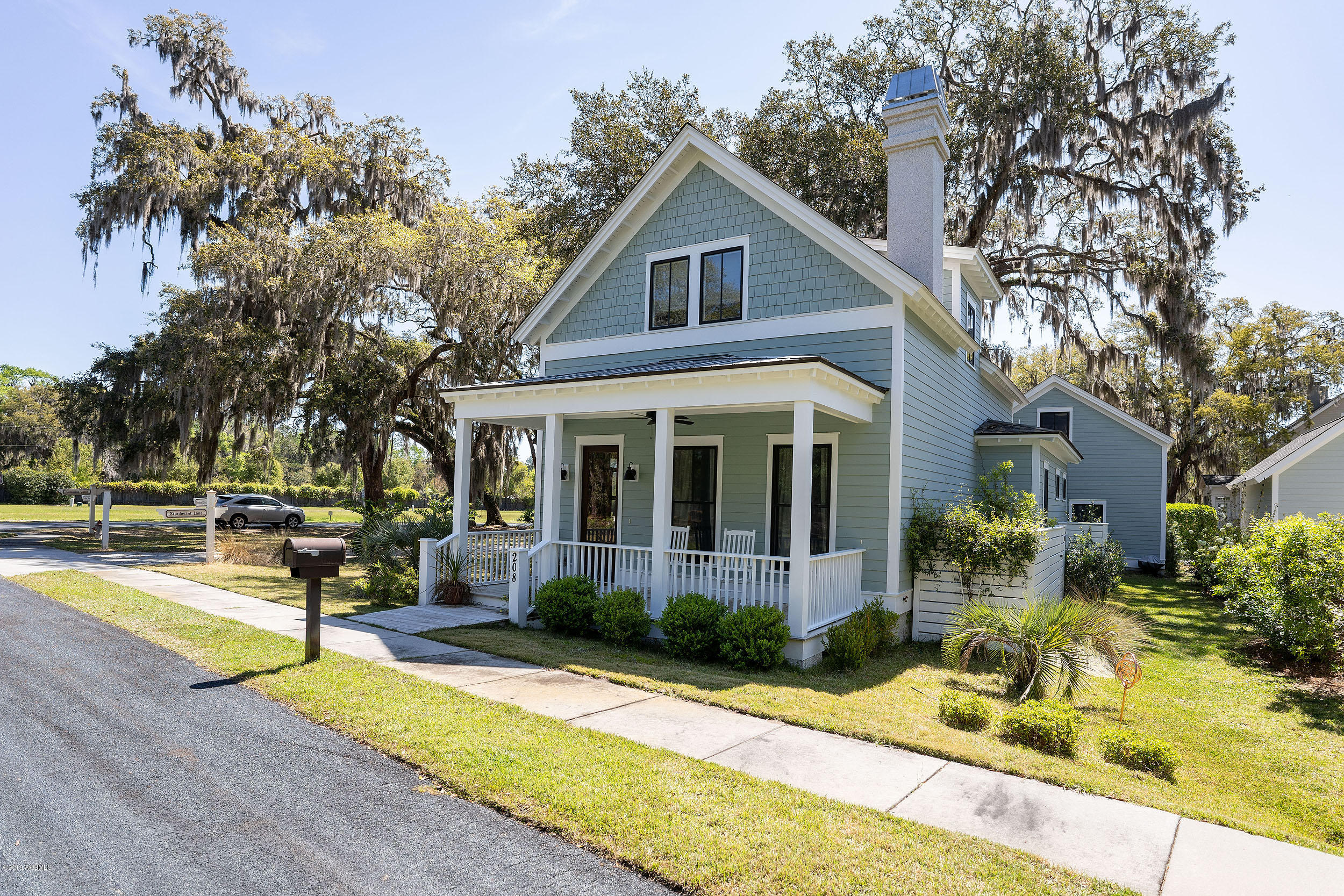 Photo of 208 Sturdevant Drive, Beaufort, SC 29902
