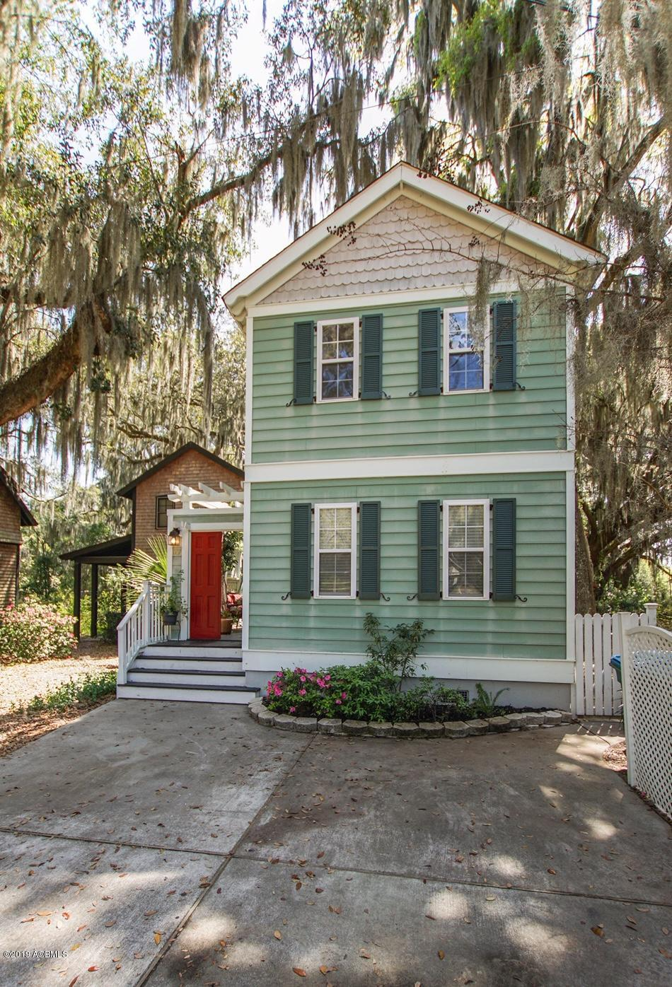 Photo of 1107 12th Street, Port Royal, SC 29935