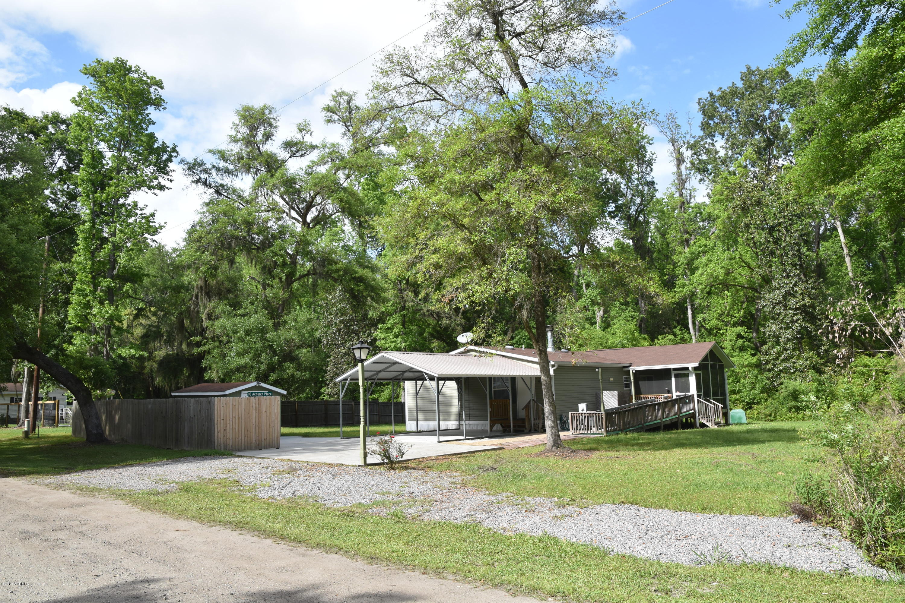 Photo of 10 Achurch Place, Seabrook, SC 29940