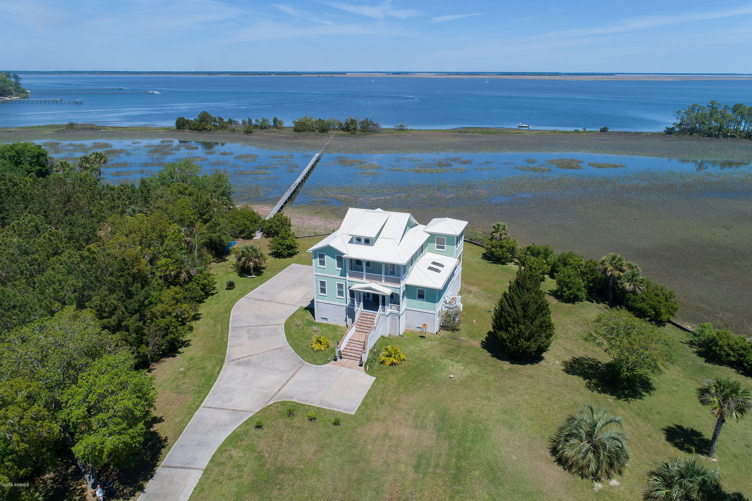 Photo of 31 Coosaw River Drive, Lady's Island, SC 29907