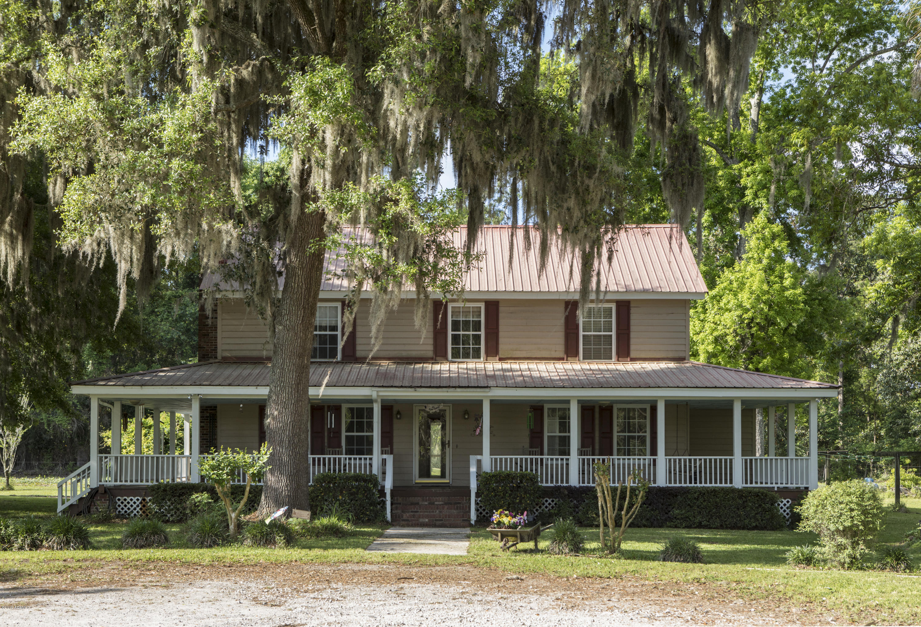 Photo of 63 Providence Road, Beaufort, SC 29906