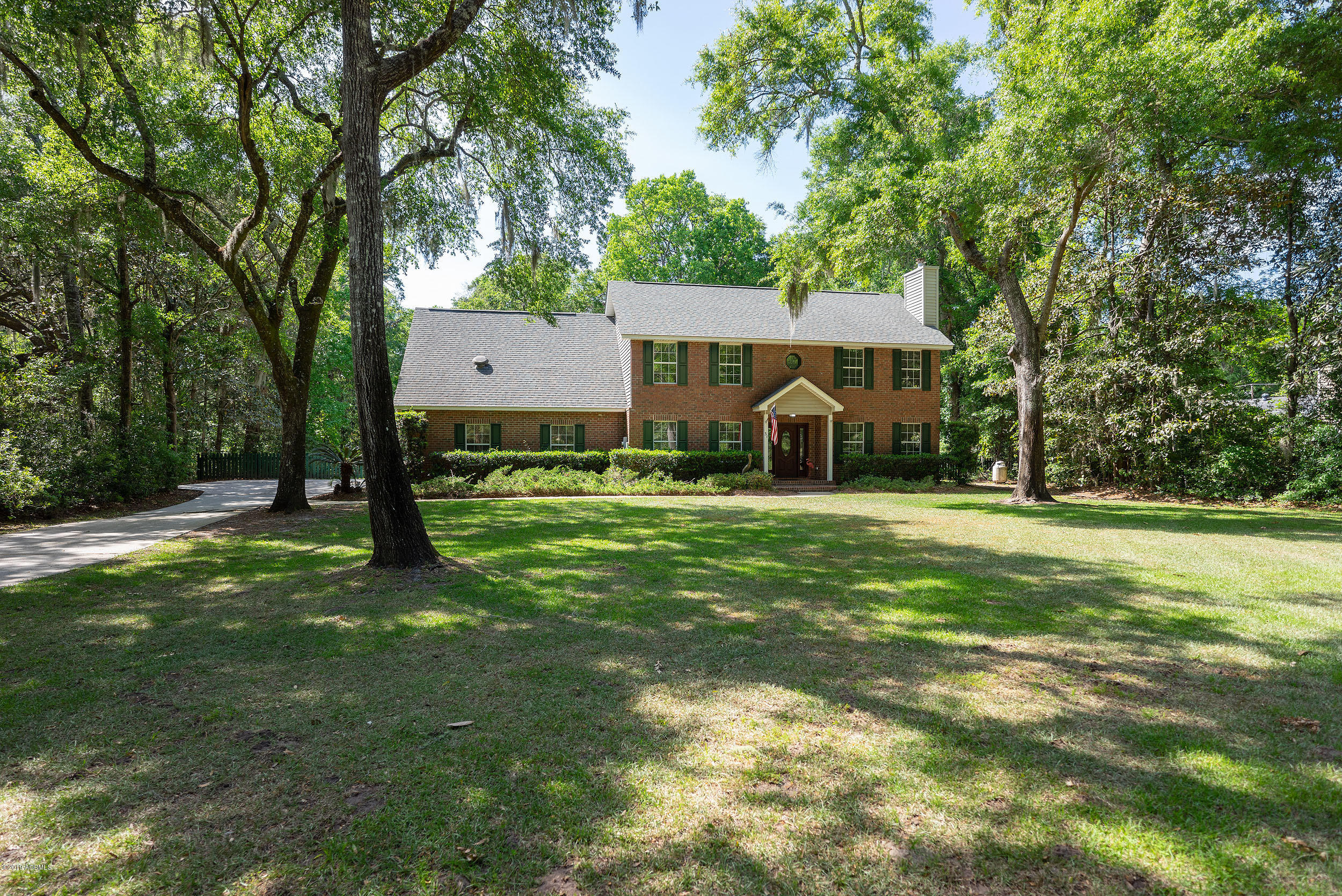 Photo of 31 Lucy Creek Drive, Beaufort, SC 29907