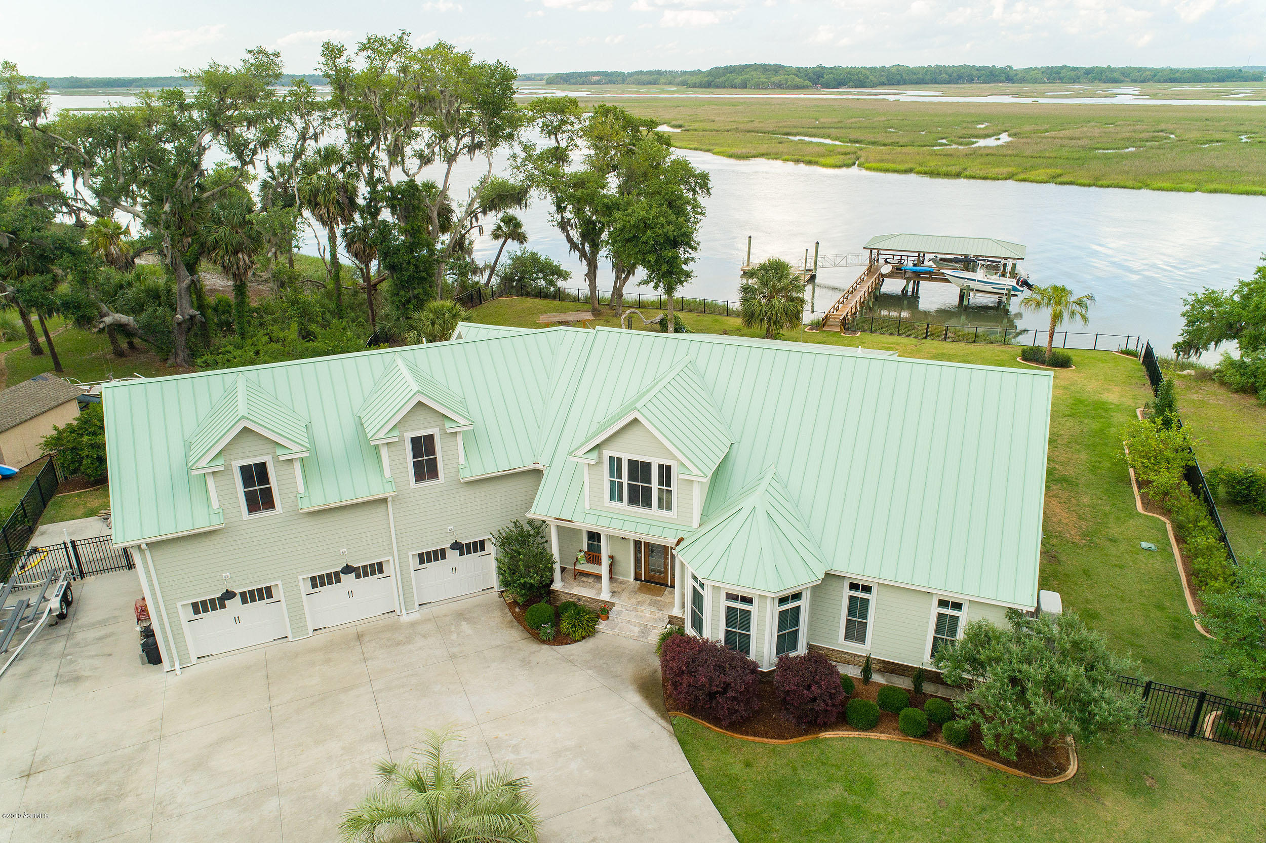 Photo of 18 Comfort Point Road, St. Helena Island, SC 29920