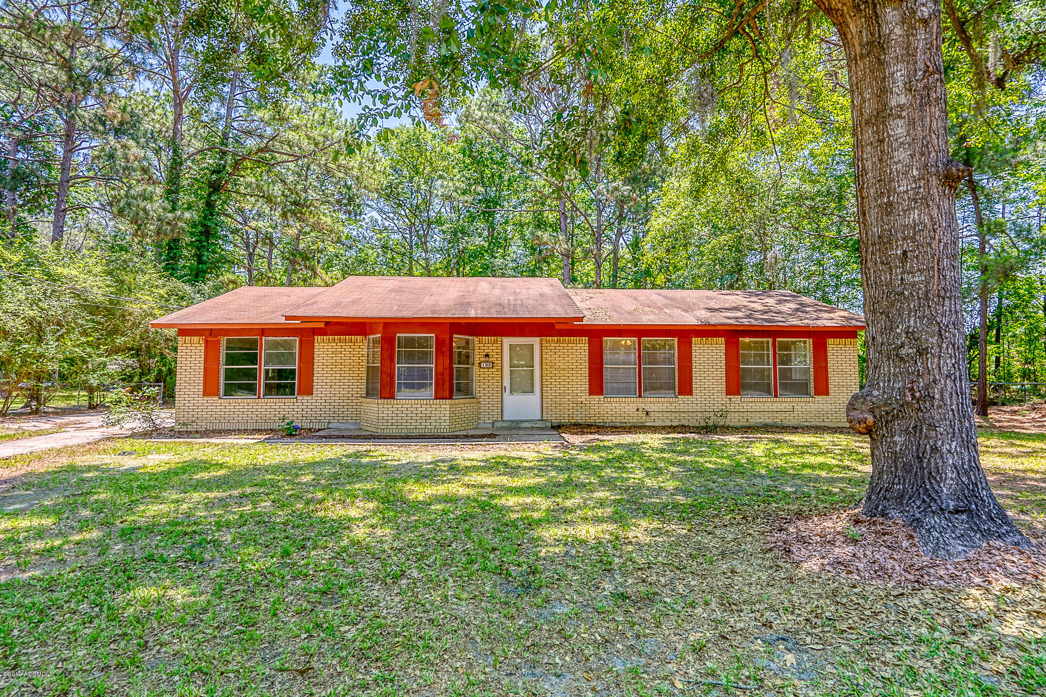 Photo of 199 Bay Pines Road, Beaufort, SC 29906