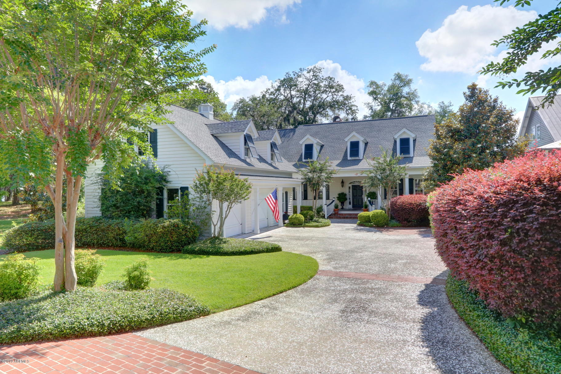 Photo of 6 Wrights Point Circle, Beaufort, SC 29902