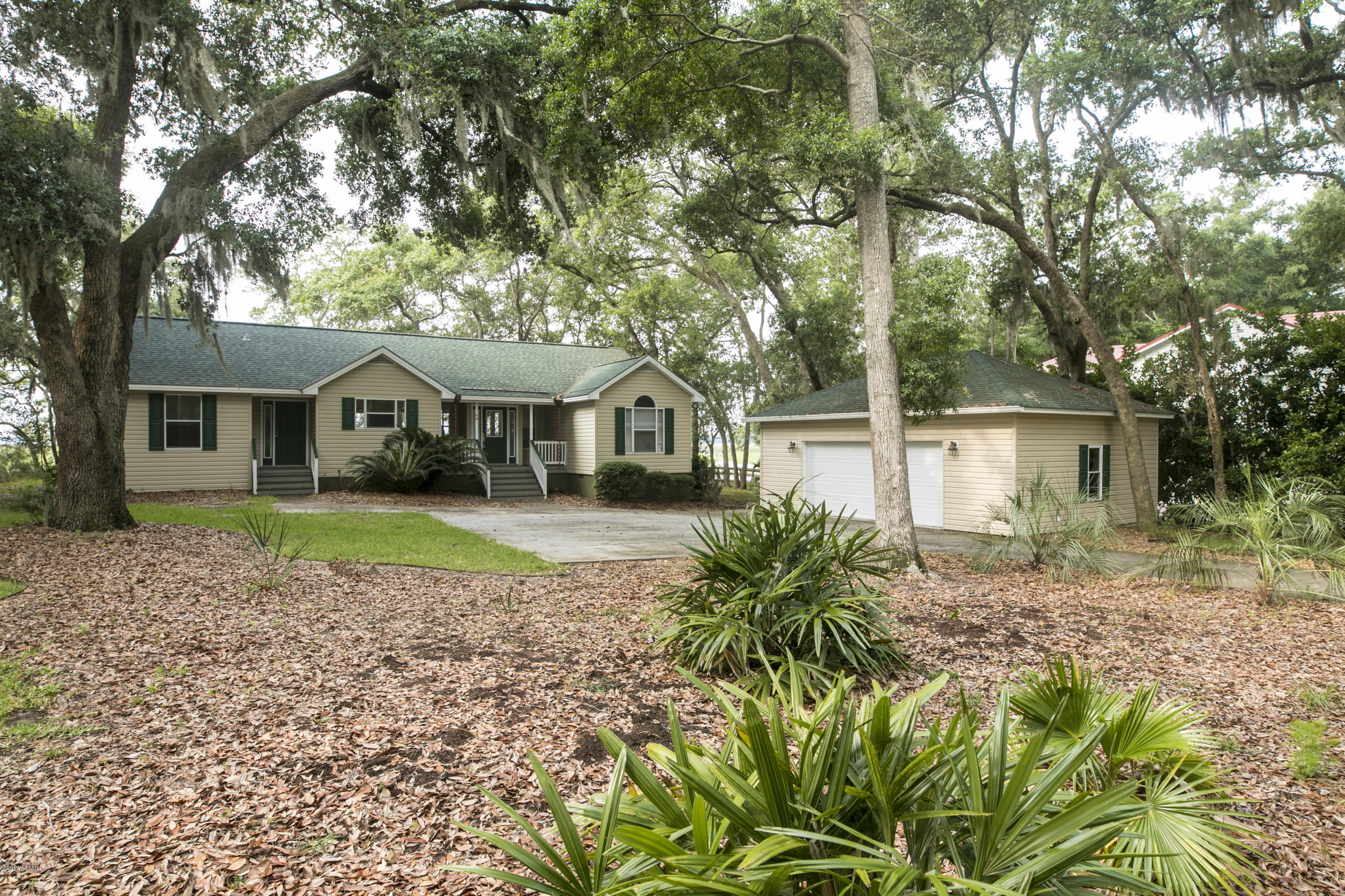 Photo of 68 Downing Drive, Beaufort, SC 29907