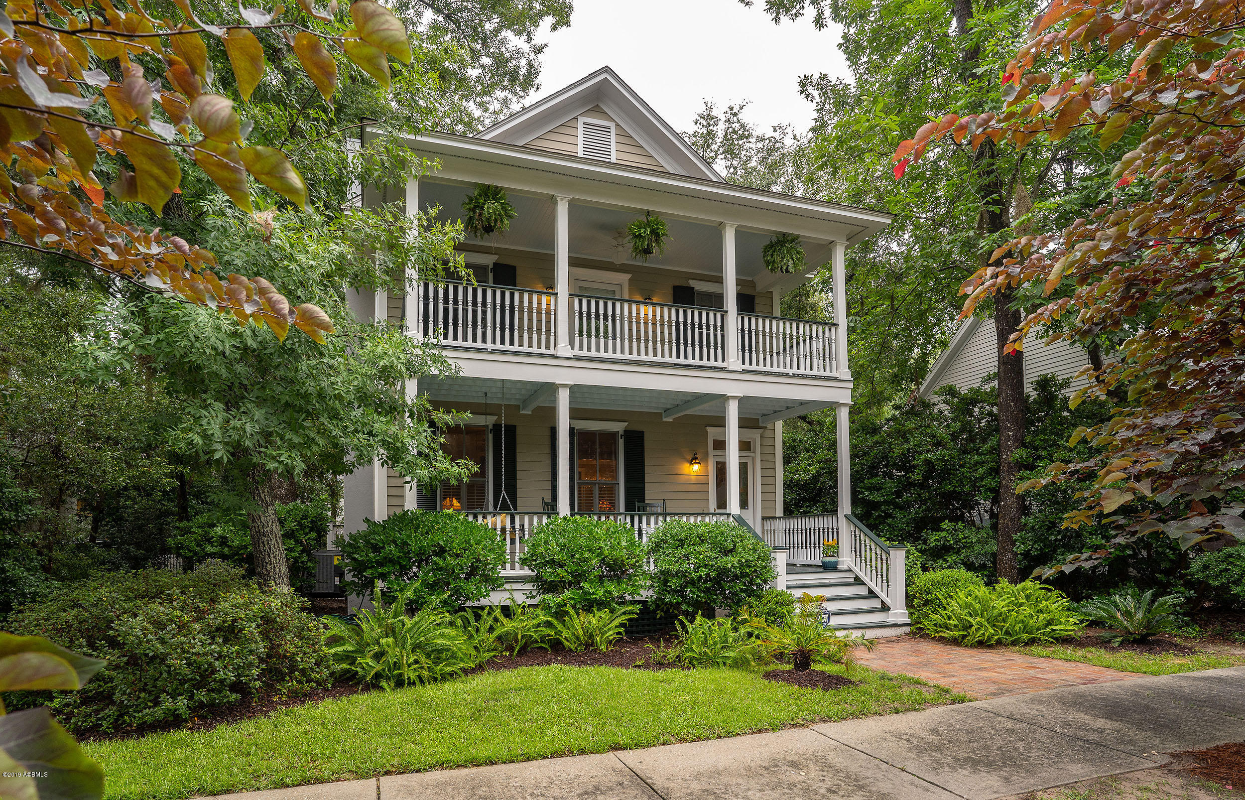 Photo of 14 Fraser Street, Beaufort, SC 29907