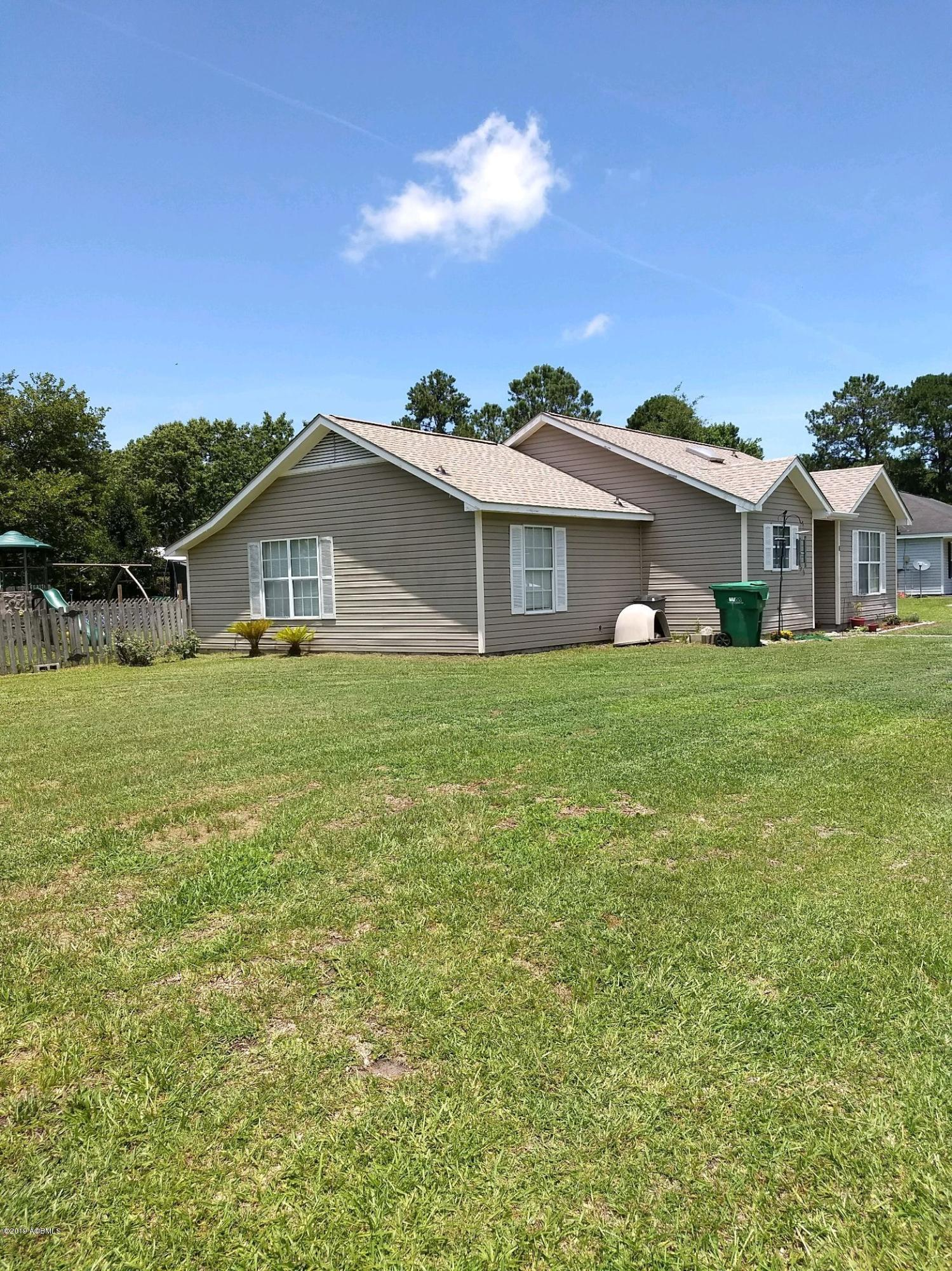 Photo of 5 Irongate Drive, Beaufort, SC 29906