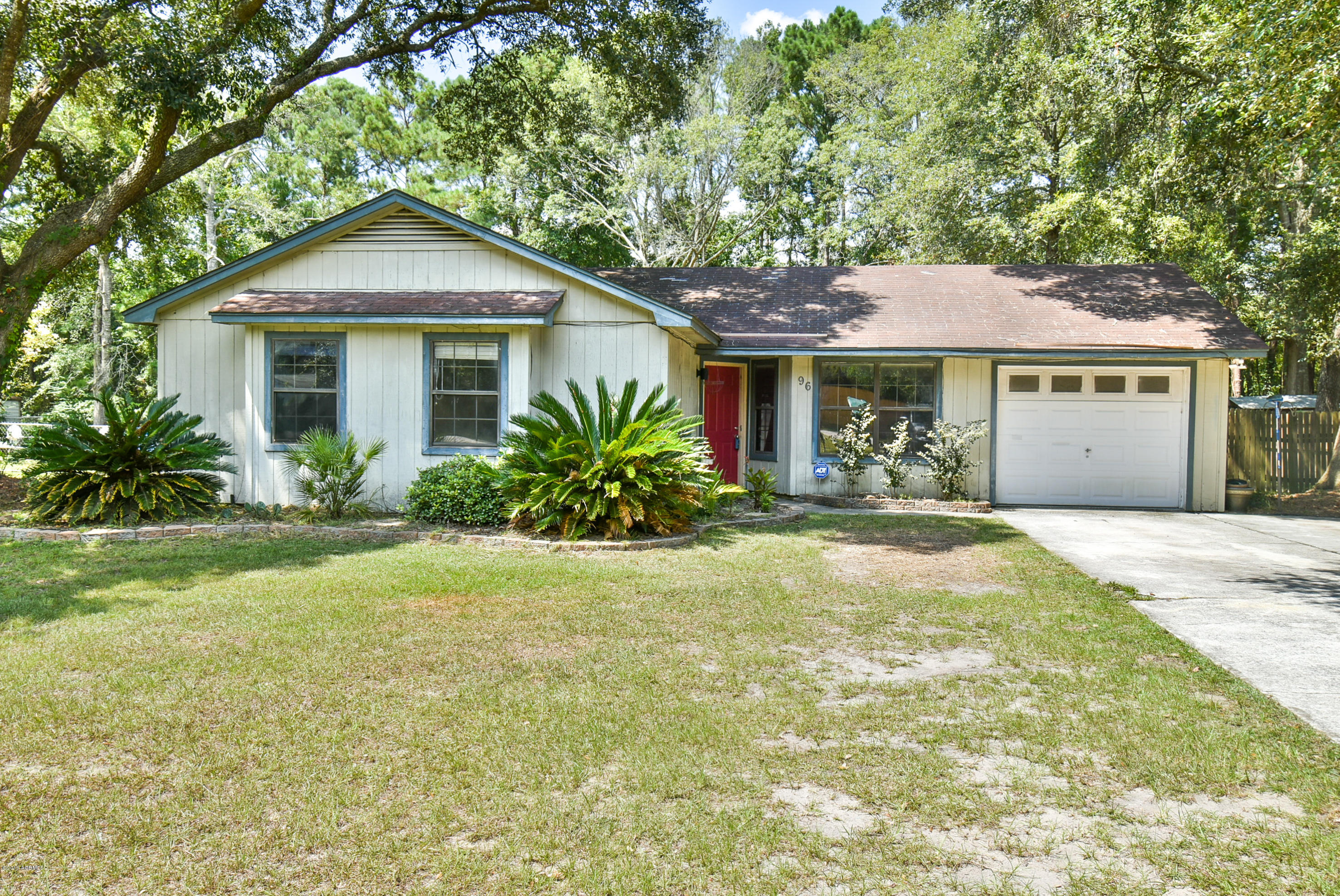 Photo of 96 Possum Hill Road, Beaufort, SC 29906