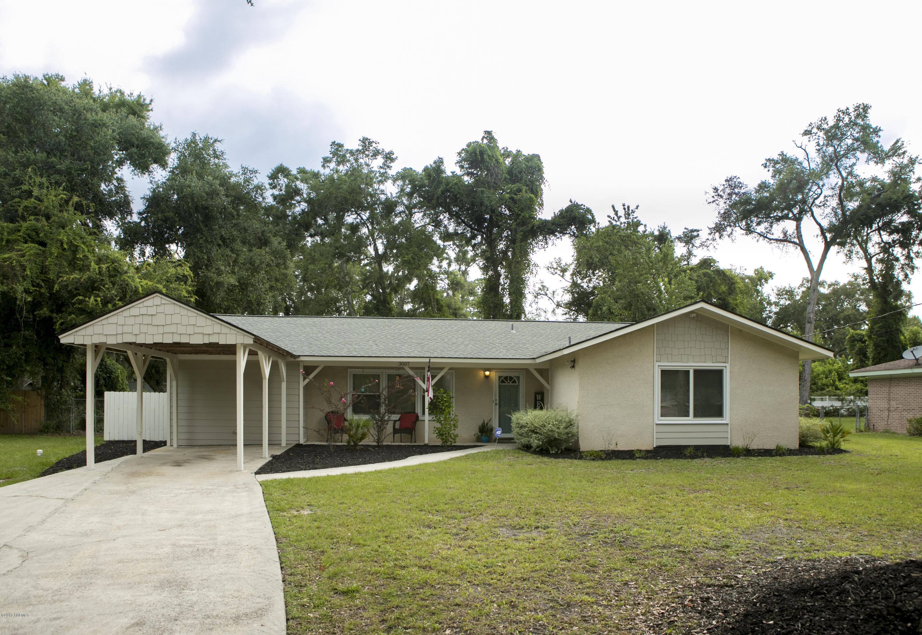 Photo of 3007 Dogwood Street, Beaufort, SC 29906