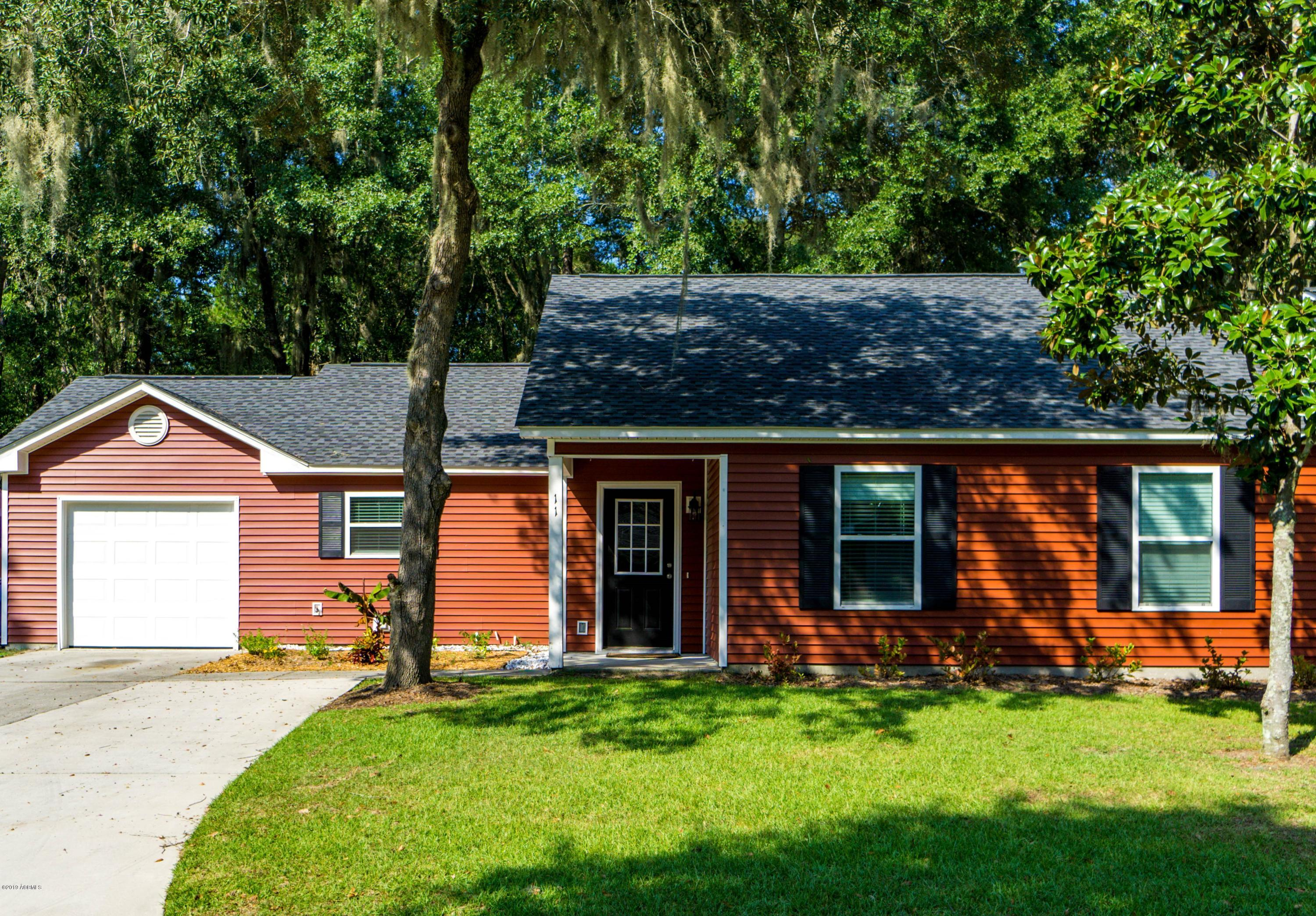 Photo of 11 Brindlewood Drive, Beaufort, SC 29907