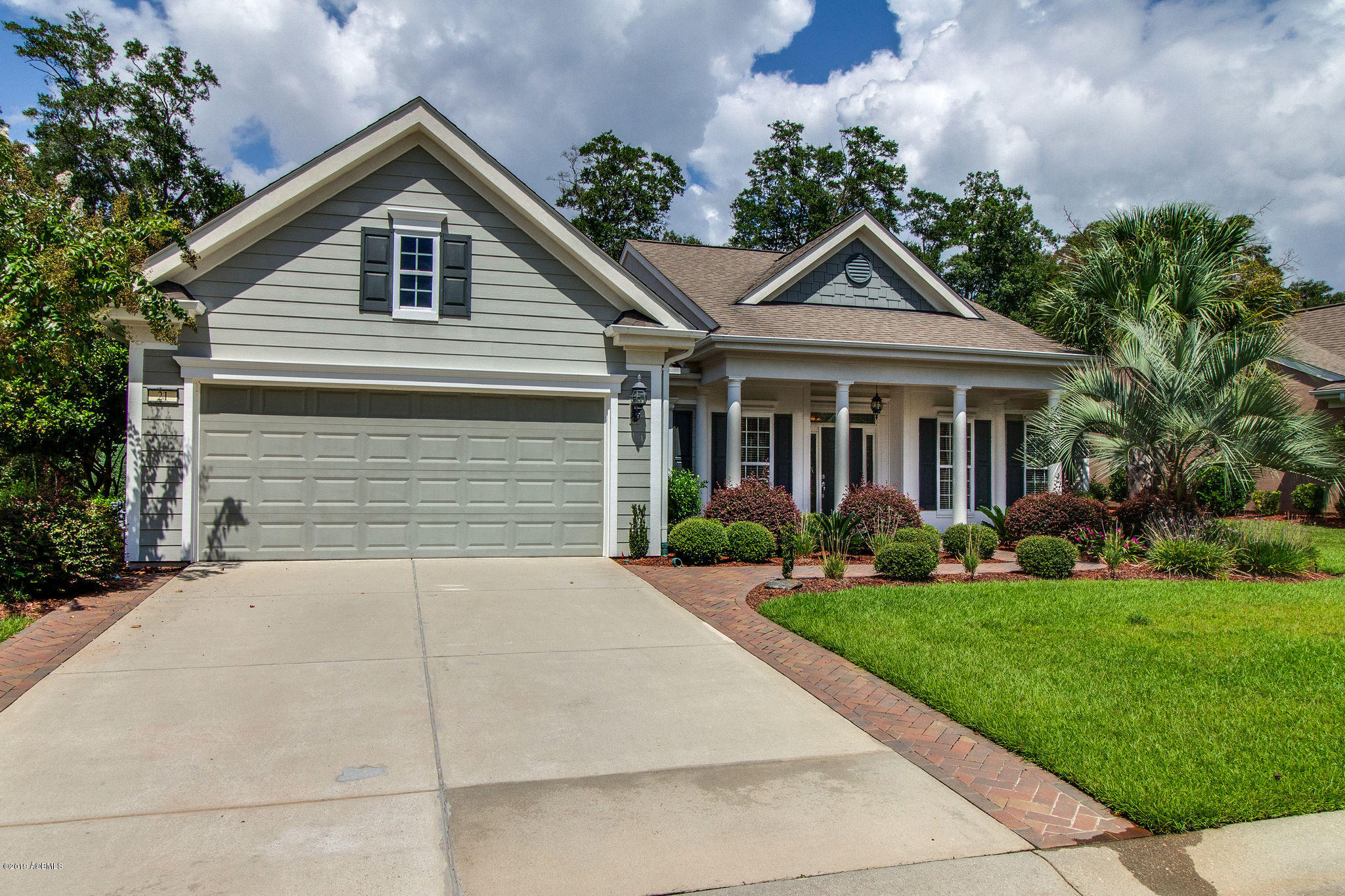 Photo of 21 Rolling River Drive, Bluffton, SC 29910