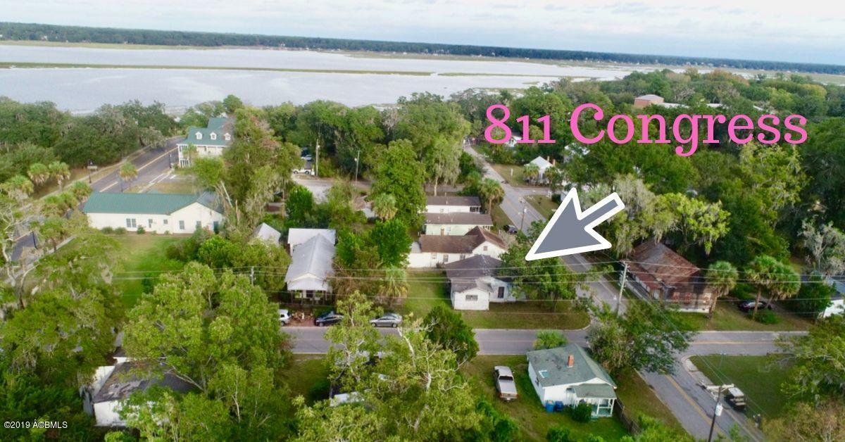 Photo of 811 Congress Street, Beaufort, SC 29902