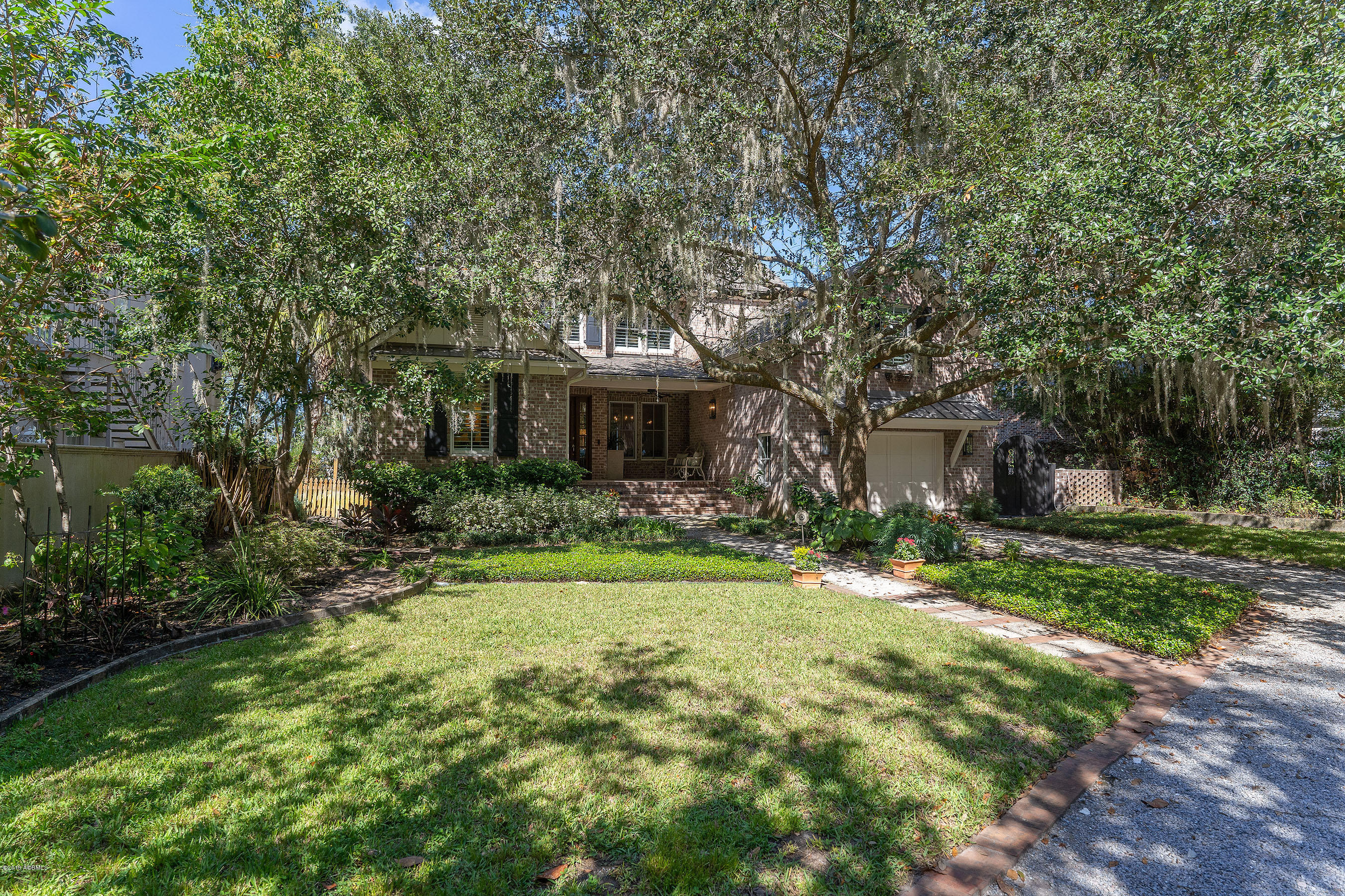 Photo of 27 Sunset Boulevard, Beaufort, SC 29907