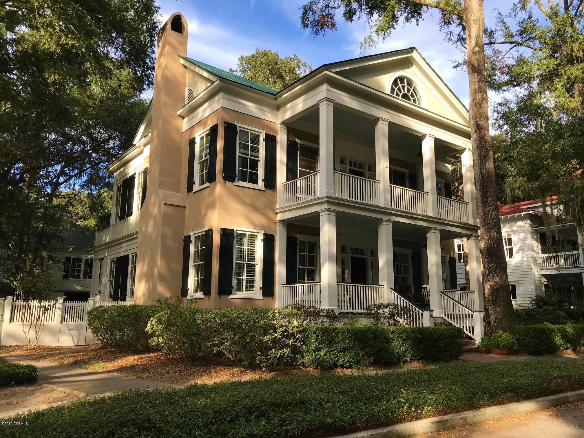 Photo of 46 Newpoint Road, Beaufort, SC 29907