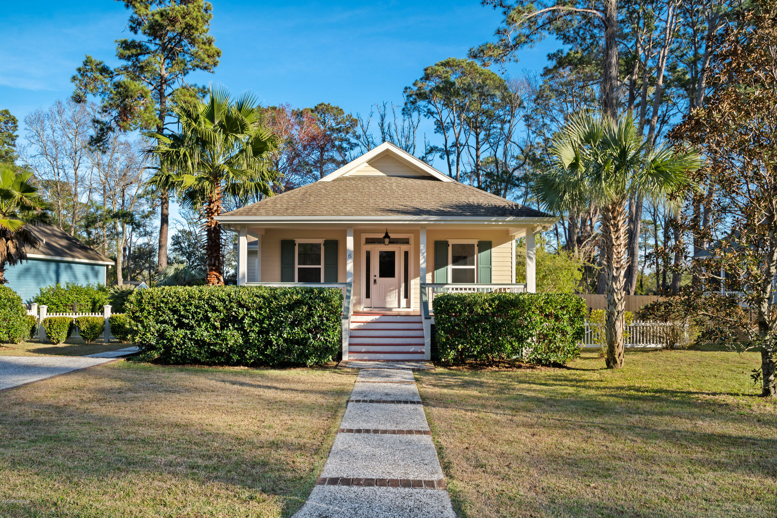 Photo of 6 River Drive, Beaufort, SC 29907