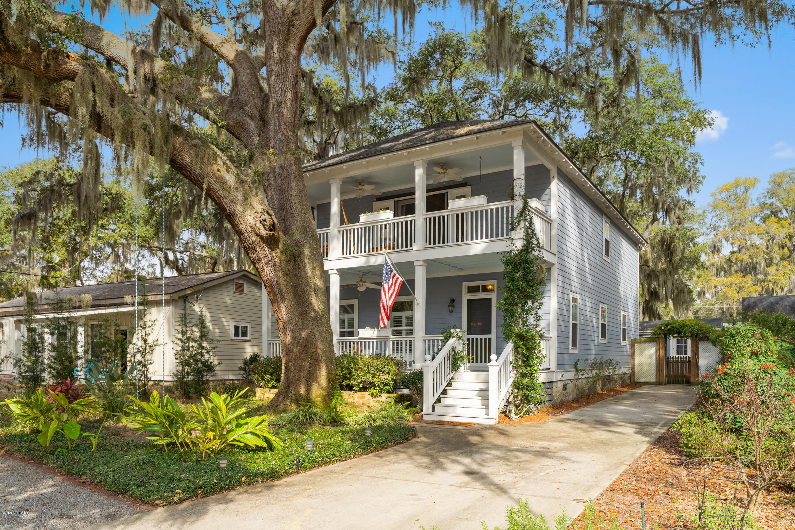 Photo of 1016 14th Street, Port Royal, SC 29935