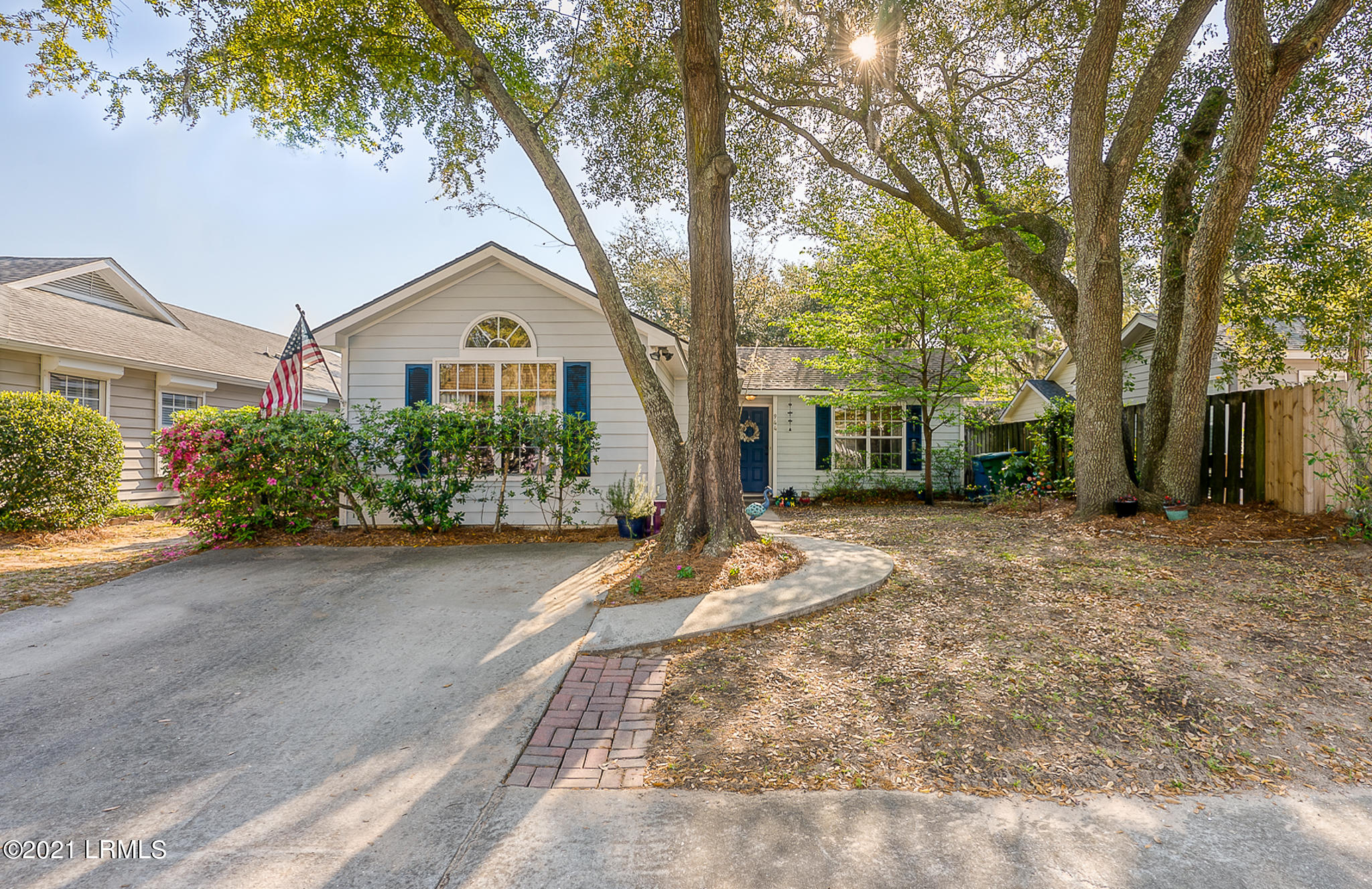 Photo of 944 Oyster Cove Road, Beaufort, SC 29902