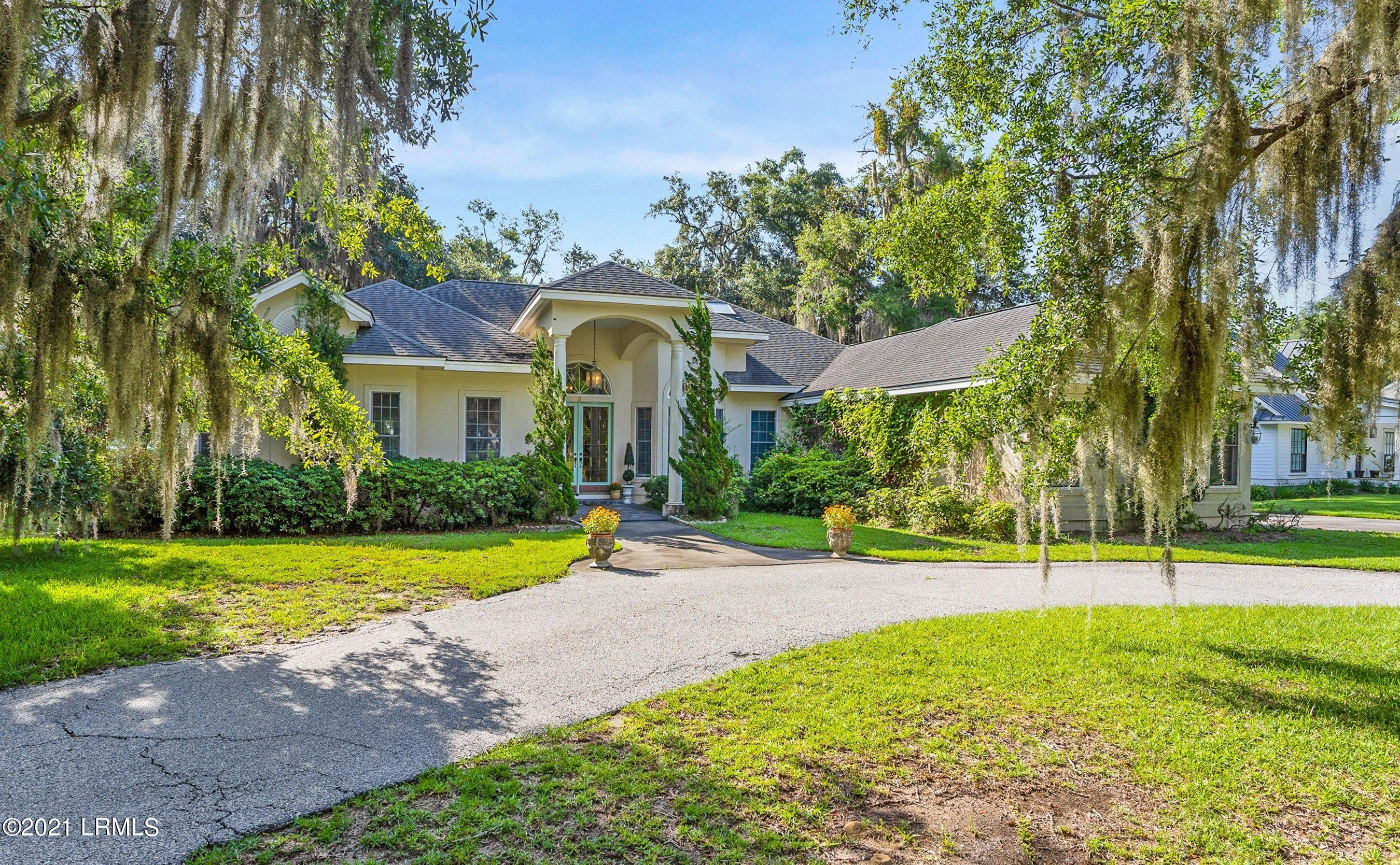 Photo of 3 Todd Drive, Beaufort, SC 29902