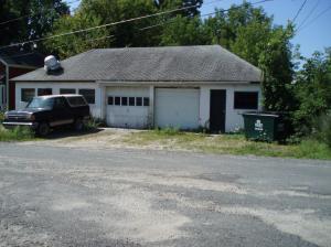 8 Cove St, Pittsfield, MA 01201