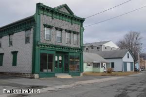 38 Railroad St, Lee, MA 01238