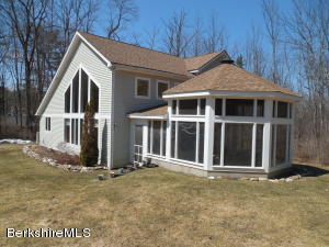 2 Beachwood, Stockbridge, MA 01262