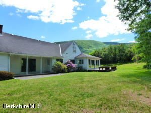 341 Luce Rd, Williamstown, MA 01267