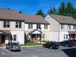 6 Rose Court West # 6, Great Barrington, MA 01230