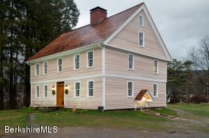 530 Main St, Williamstown, MA 01267
