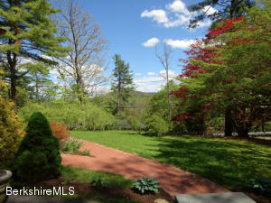 14 Berkshire Heights Rd, Great Barrington, MA 01230