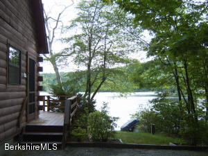 116 Will Scarlet Dr, Becket, MA 01223