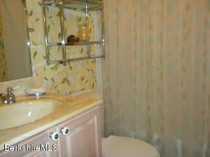 574 RED BARN RD, DALTON, MA 01226  Photo