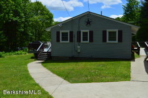 313 Winter Dr, Becket, MA 01223