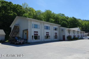 7557 US ROUTE 7, Pownal, VT 05261