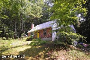 19 Laurel Banks, Monterey, MA 01245