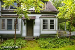 250 Maple Ave, Great Barrington, MA 01230