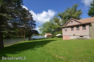 627 Lakeway, Pittsfield, MA 01201