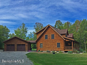 29 Blair Rd, Blandford, MA 01008