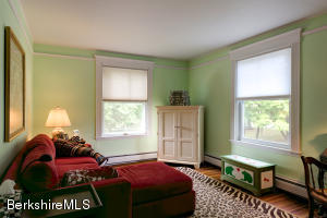 106 CROFUT ST, PITTSFIELD, MA 01201  Photo